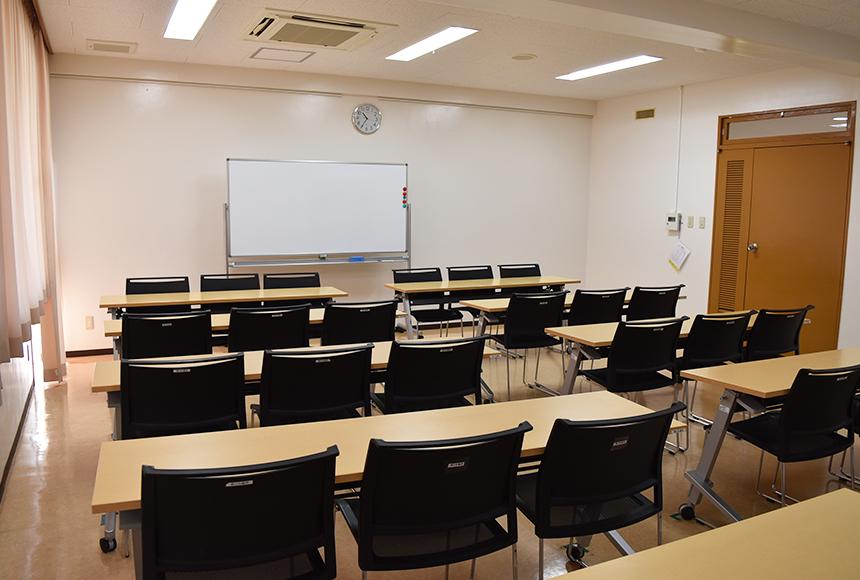 枚方市総合福祉センター : 第2会議室 : Image Gallery02