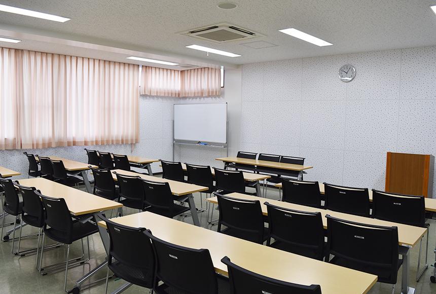枚方市 総合福祉センター : 第5会議室