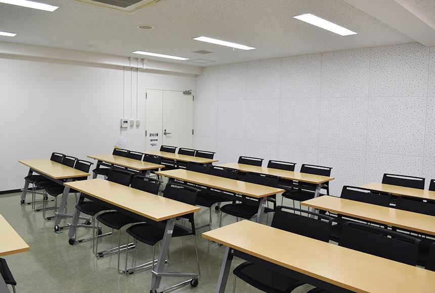 枚方市総合福祉センター : 第5会議室 : Image Gallery03